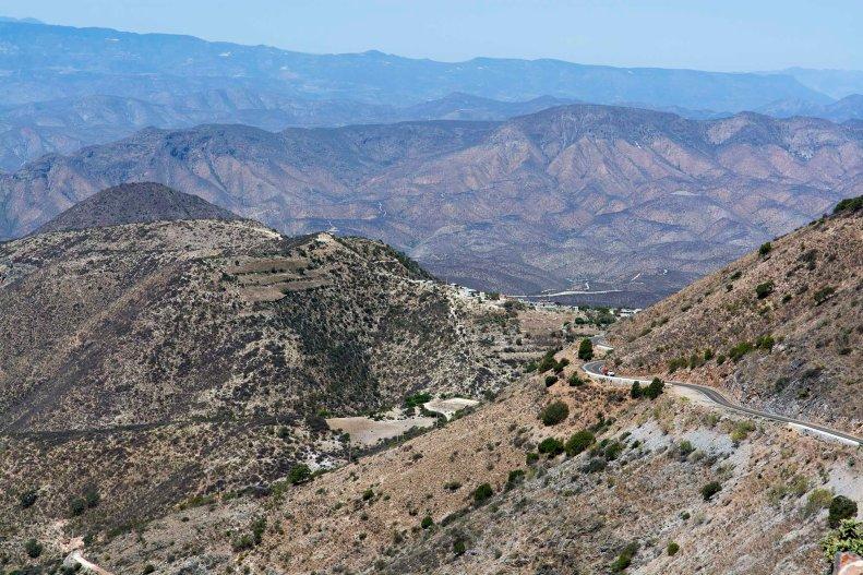 Lorsqu'on entre dans la Sierra Gorda, nous sommes en ascension constante et plus nous avançons, lus on découvre l'ampleur du paysage.